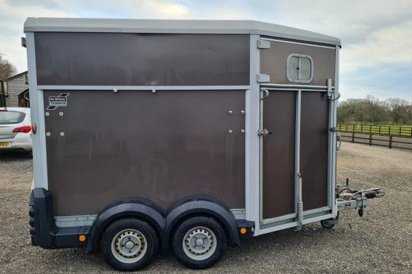 Cheshire Trailers   Trailer Hire, Repair & Sales, Cheshire   Horse box