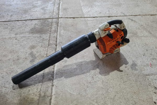 Cheshire Trailers   Trailer Hire, Repair & Sales, Cheshire   Leaf blower